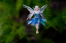 b_214_142_16777215_00_images_productimages_eva-lake-fairy.jpg